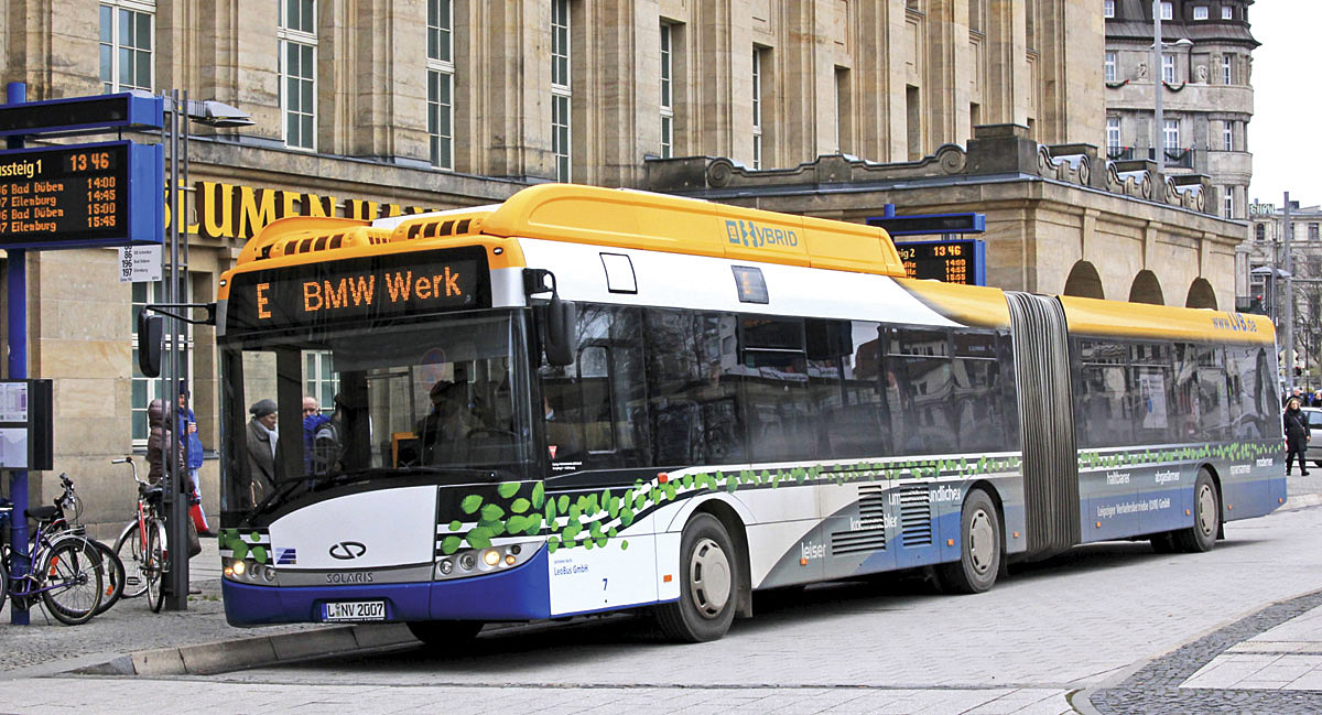 german conference focuses on electric buses dresden conference page 2 of 4 bus coach buyer. Black Bedroom Furniture Sets. Home Design Ideas