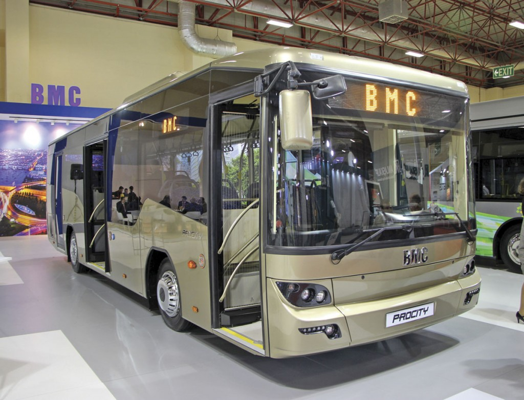 One of two prototype 10.05m long BMC Procity low floor buses shown by the reformed BMC business. This was to a city bus specification