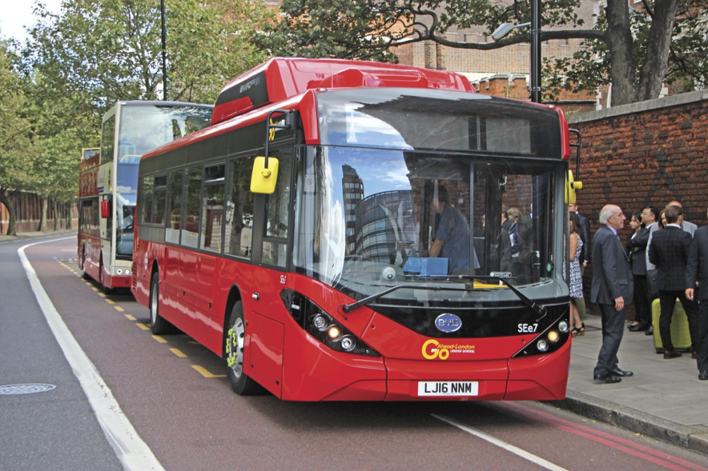 One of the Enviro200EVs poses at Lambeth Palace on the demonstration run during the launch