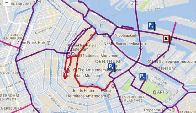 Roads closed to coaches in central Amsterdam
