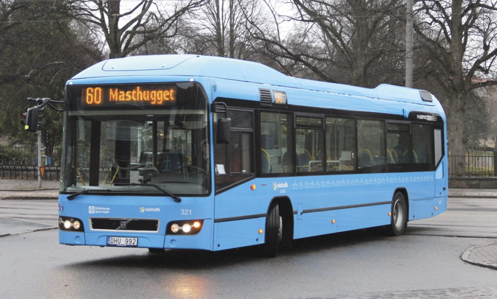 For scheduled provision on the 60 route GS Buss utilises Volvo 7900H Euro5 hybrids delivered in the summer of 2012. The route was previously operated by gas buses