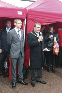 Mark Mageean, Stagecoach's Skegness Operations Manager and Lord Mayor of Skegness, Councillor Jim Carpenter at the launch