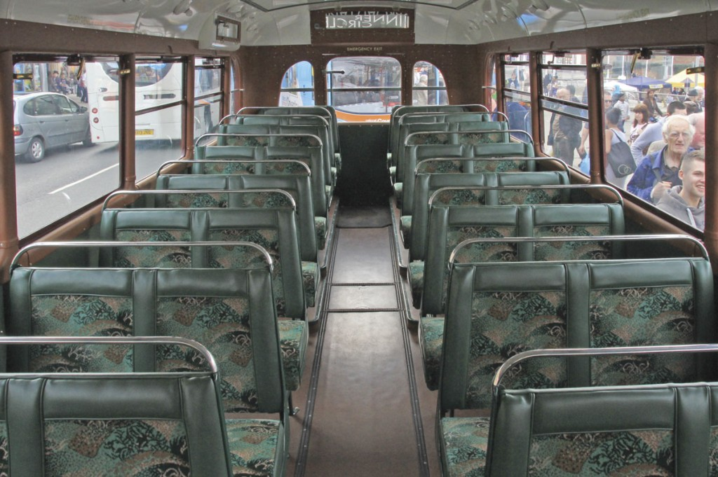 The atmospheric interior of the COG5/40