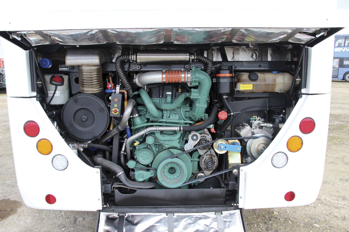 Mounted in line, the 10.7-litre D11K engine develops 430hp and torque of  2,050