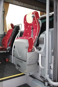 The three-point belted courier seat