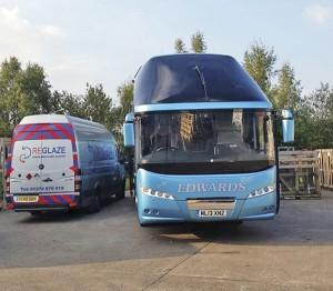 Reglaze recently carried out a windscreen replacement on this Neoplan Starliner