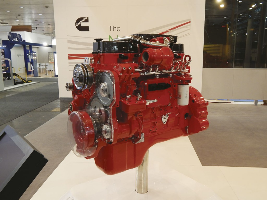 The 8.9l Cummins ISL Euro6 engine