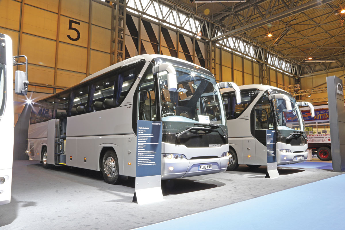 Neoplan Tourliner P21 and P20