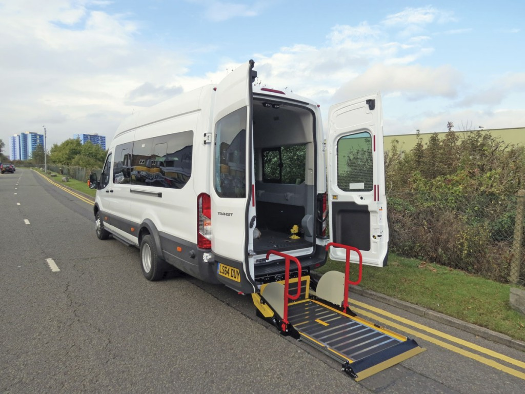 A PLS minibus lift application