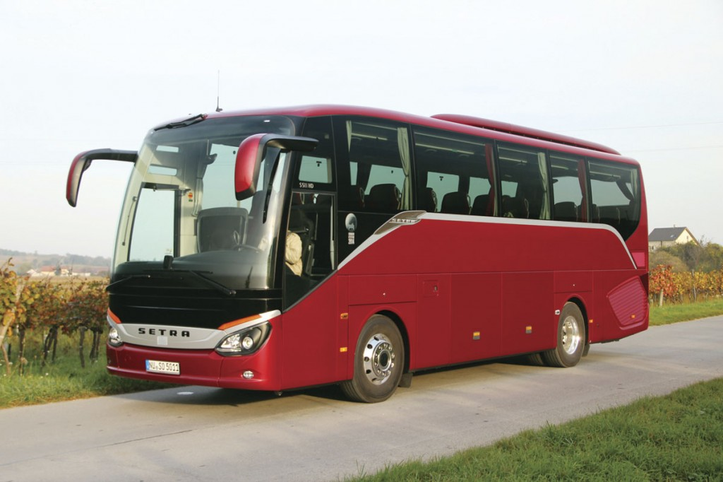 At 10.465m the Setra ComfortClass S511HD is the shortest member of the ComfortClass family, though longer than its predecessor the S411HD. It is the only one in the range with a shorter front module