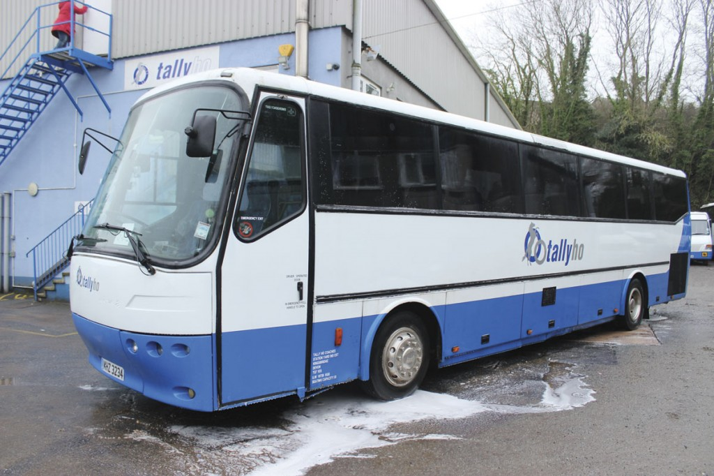 Formerly with Andy James, this 1995 Bova Futura FLD is a 53 seater