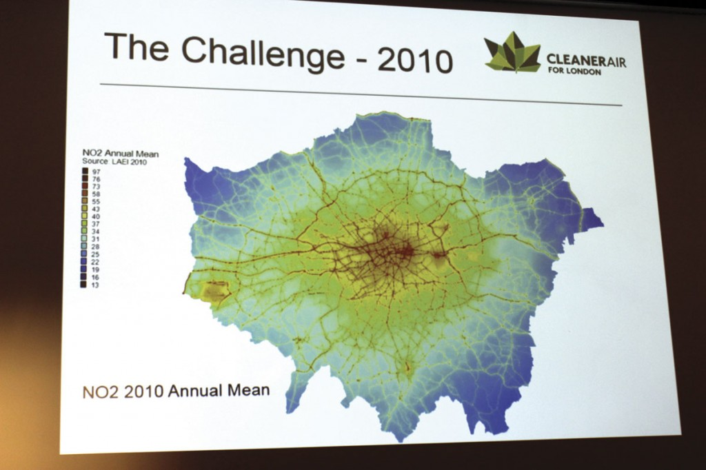 How London's NO2 air quality map looked in 2010. Red and yellow are bad