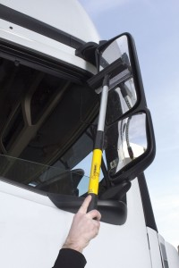 The product consists of a telescopic pole, onto which can be attached a number of accessories for cleaning cameras, mirrors and other out of reach parts