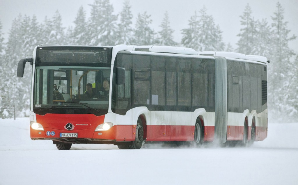 The four axle Citaro CapaCity L is 20.995m long but with its fourth axle steered is remarkable agile