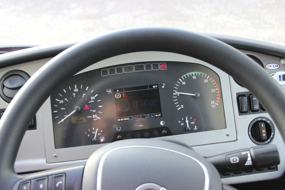 A clear view of the computer screen is available through the steering wheel