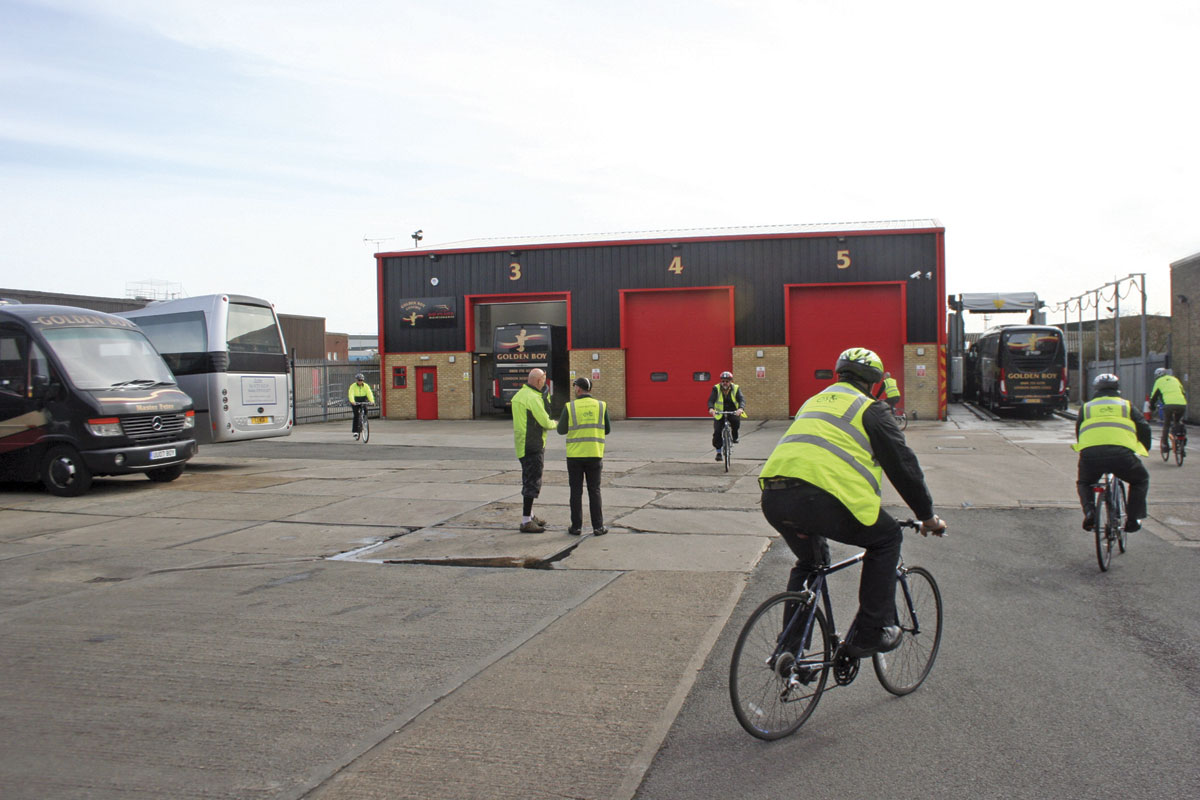 A cycle awareness course being carried out by Minimise your Risk.