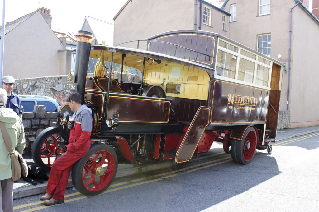 Participating in the Victorian Extravaganza was this 1914 Foden steam bus pictured after participation in the daily parade around the town