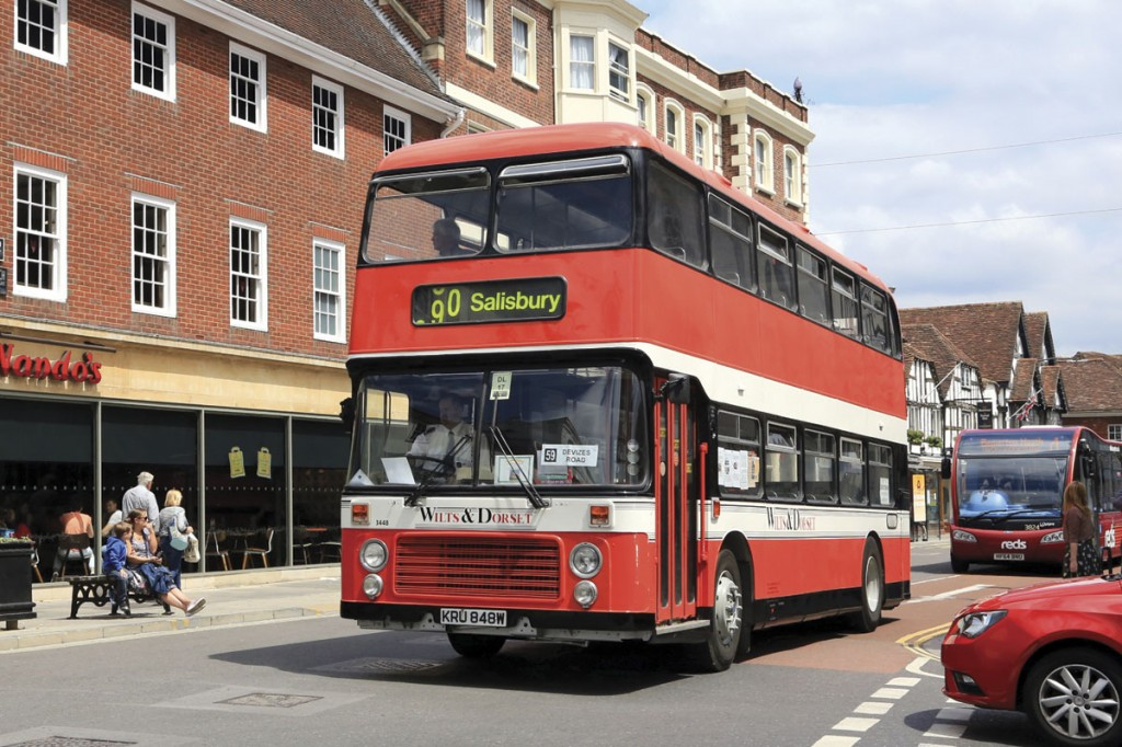 A Bristol VRT carrying the livery adopted by the second Wilts and Dorset company post privatisation is seen in Salisbury city centre pursued by a Salisbury Reds Optare Solo SR
