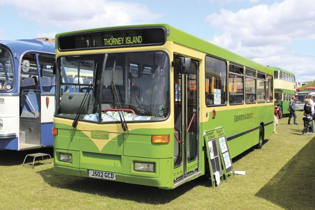 The old Southdown livery is still cherished by many, among them Emsworth and District who have applied it to this Alexander Dash bodied Dart that served with Southdown's successor, Stagecoach