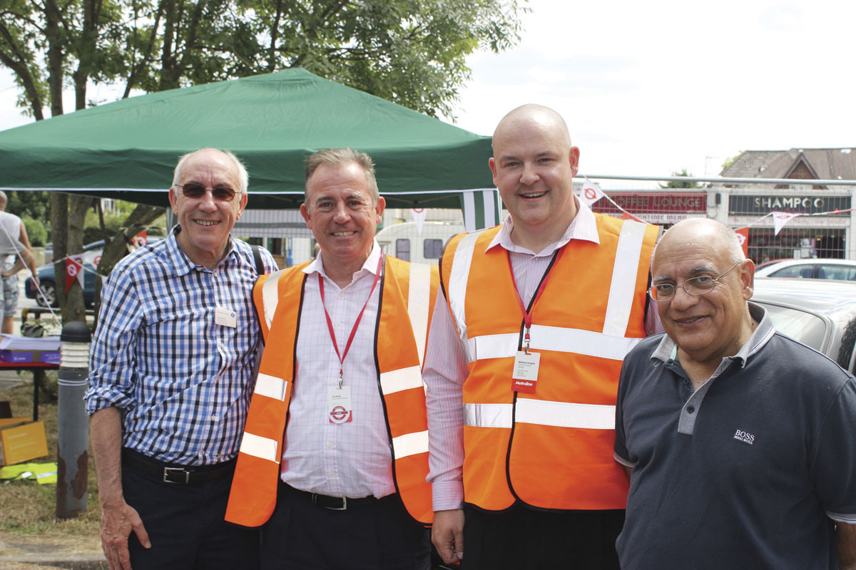 Leon Daniels, MD Surface Transport TfL: Jim Brady, Potters Bar Garage General Manager; Matt Doughty, Potters Bar Operations Support Manager: and Metroline CEO, Jaspal Singh.