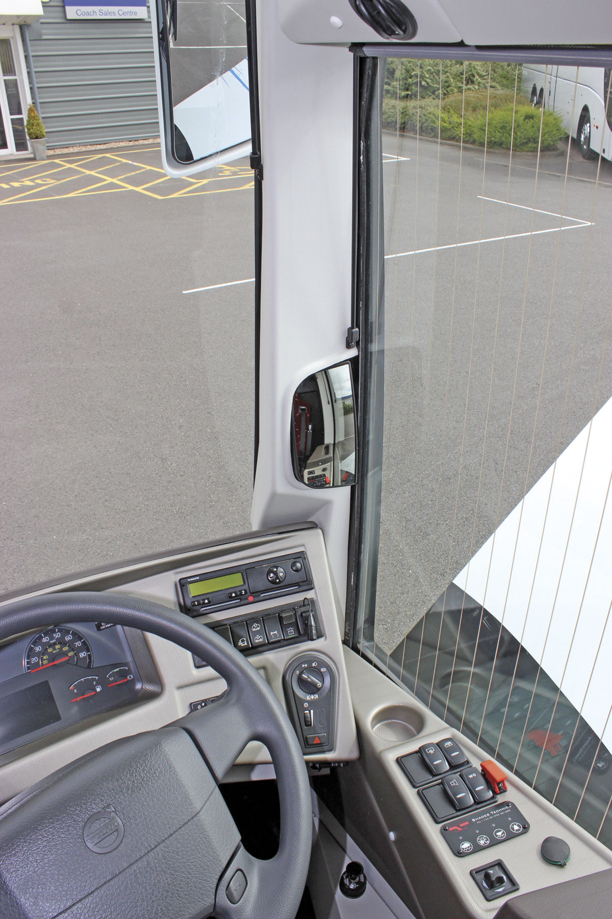 The A-pillar mirror and heated electric side window