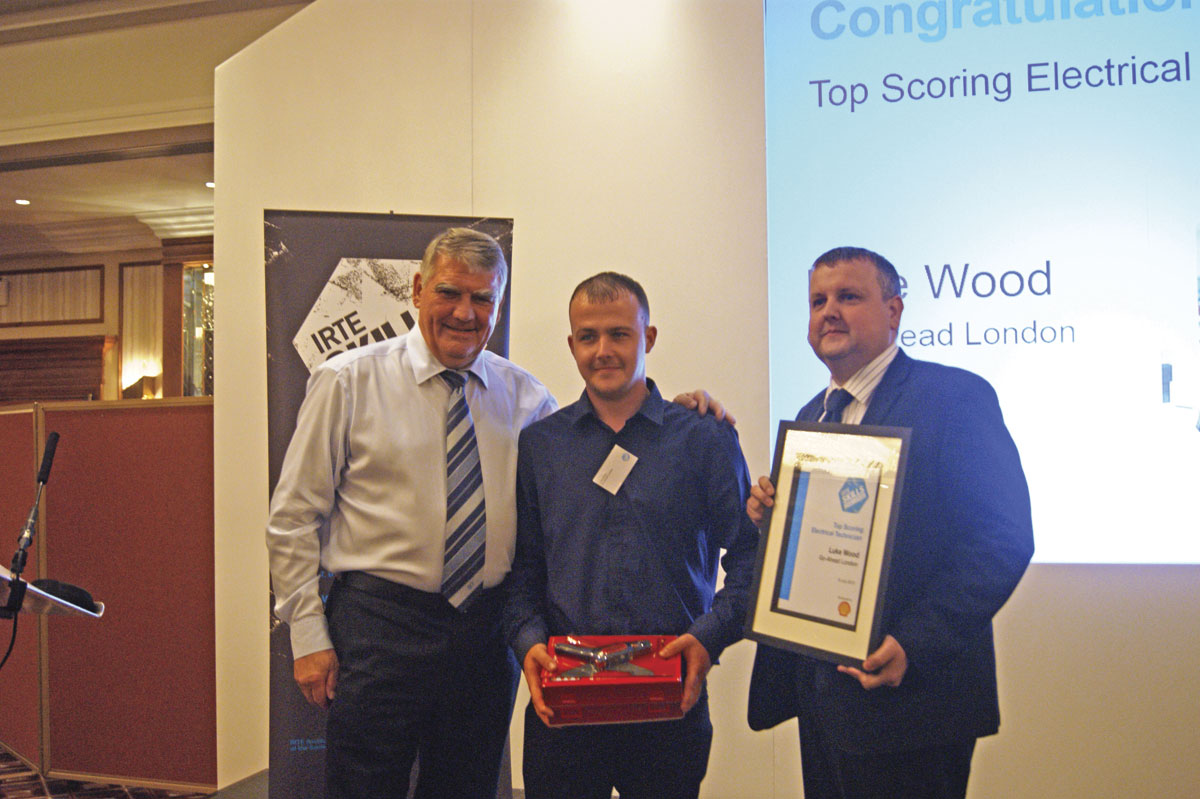 Top Scoring Electrical Technician, Luke Wood of Go-Ahead London, picks up his award