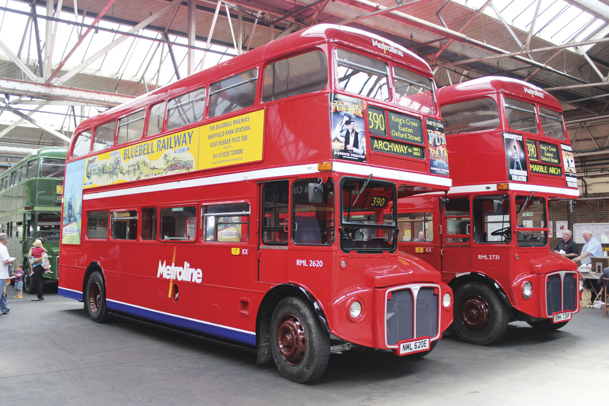 Two late RML long Routemasters in Metroline colours