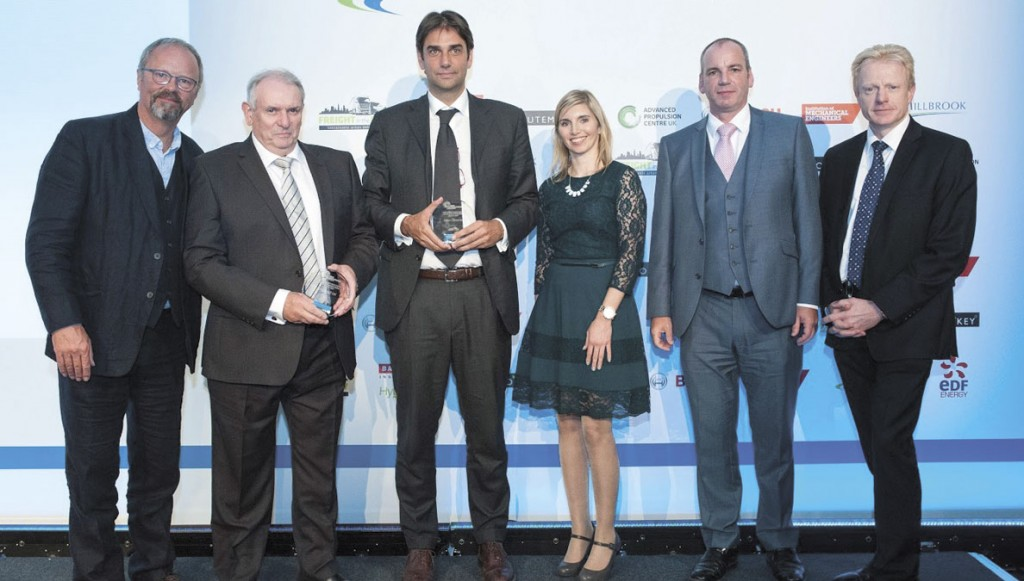 Optare collect the Low Carbon Champions for 2014-15 award