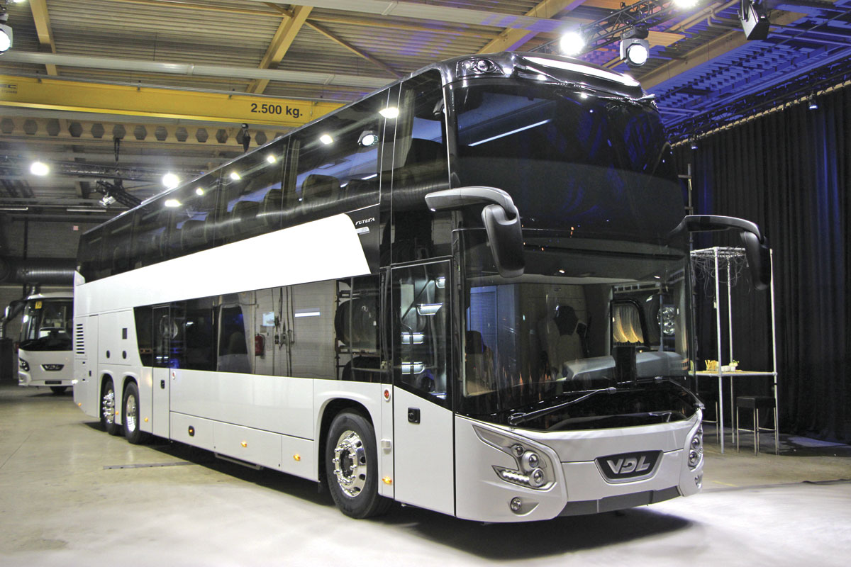 The continental nearside of the coach showing. Note the high mounted mirrors