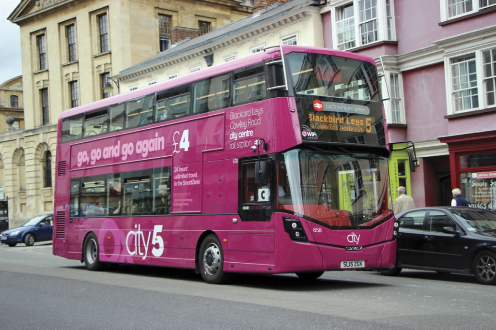 The first low height StreetDecks have entered service with the Oxford Bus Company