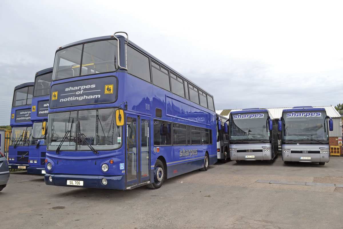 This Alexander ALX400 Volvo B7TL is a low floor member of the school bus fleet