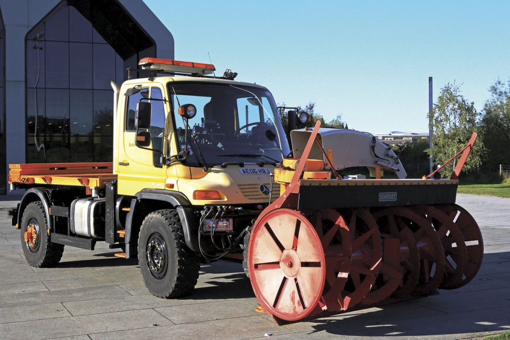 Scotland TranServ's Unimog based snowblower.