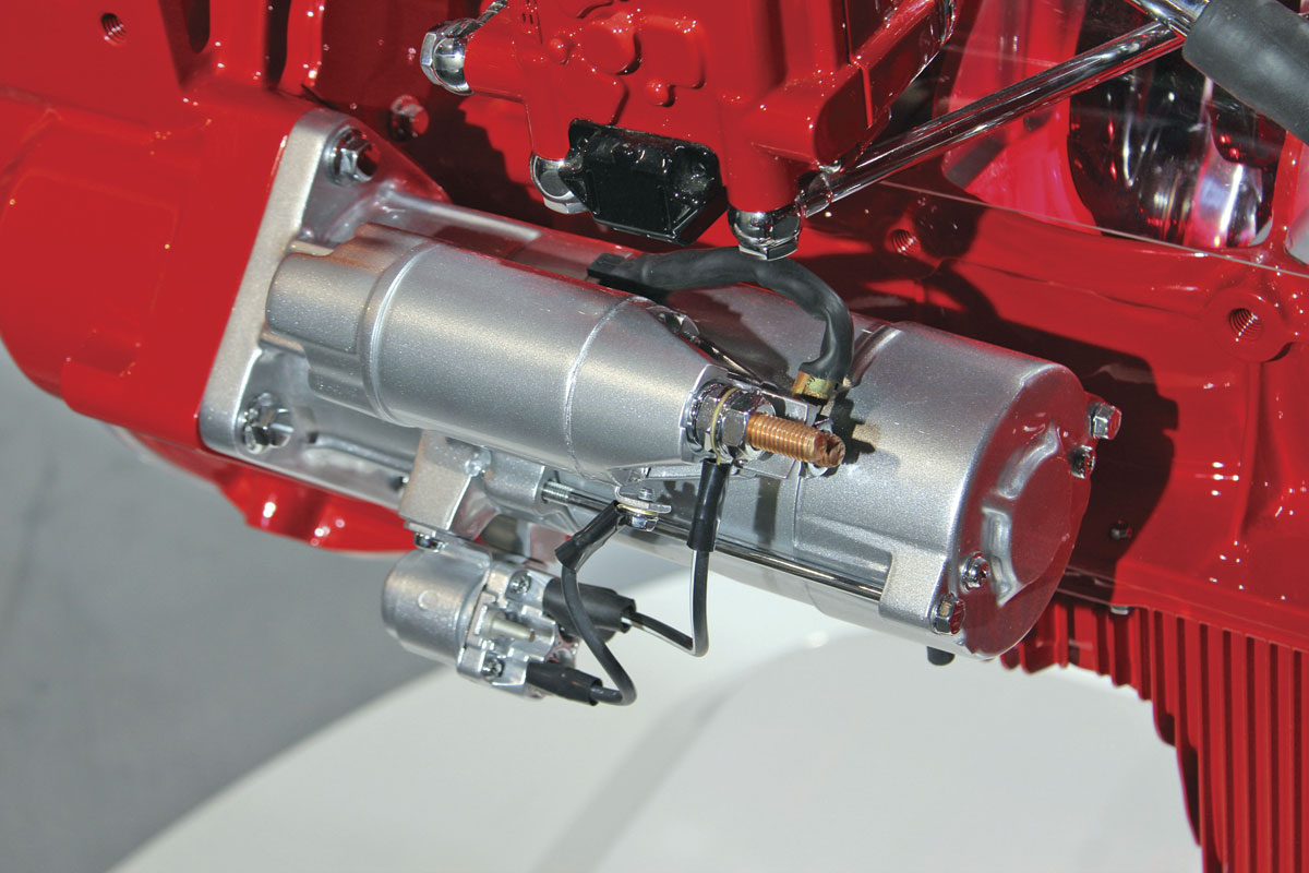 The starter motor is a greatly up-specified unit designed to provide 210,000 starts
