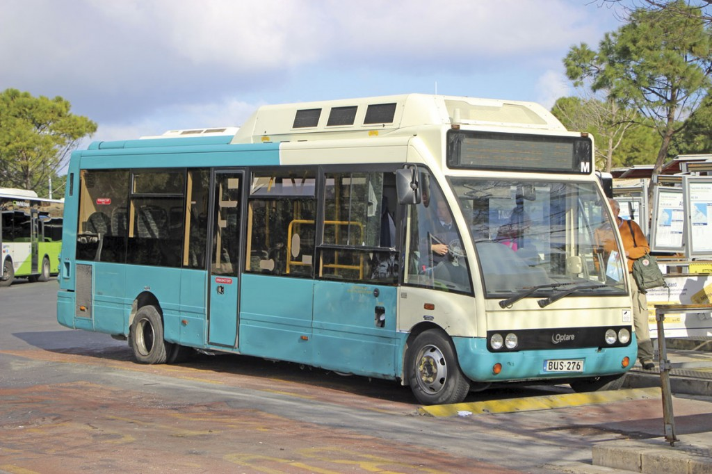 This Optare Solo Hybrid was one of only eight buses at the time still to receive the new livery in place of Arriva colours