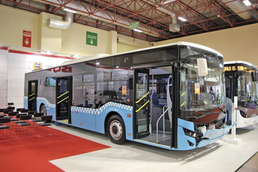 The Anodolu Isuzu 12m low floor Cityport city bus in IETT Istanbul colours