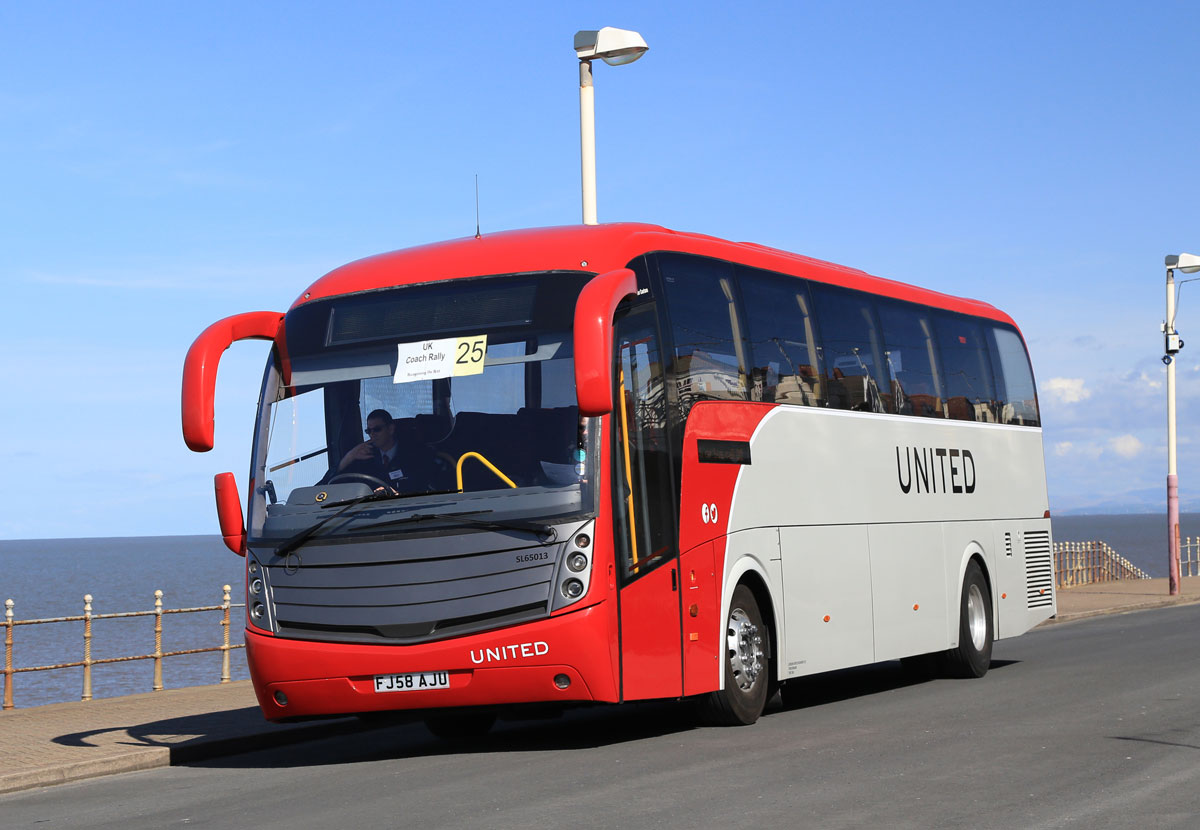 United Motor Coaches Caetano Levante bodied Scania