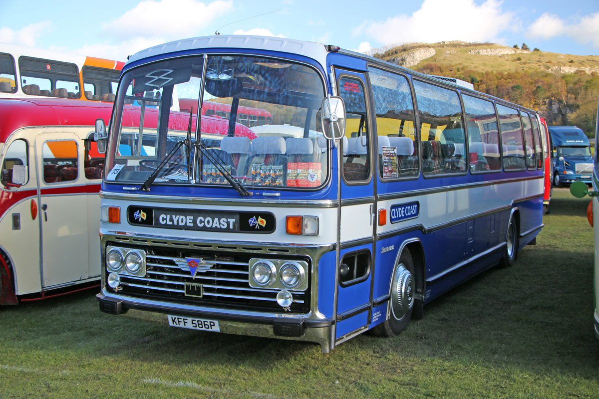 Bobby Graham's 11m AEC Reliance 760 Plaxton Supreme.