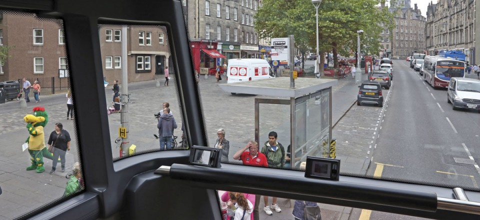 Enhanced forward visibility is provided by the glazed A pillars and additional glazing to the front panel. The front seat passengers' individual screens for the oblecto system from v6e are mounted on the waistrail as is the camera to provide a live forward view to downstairs passengers.