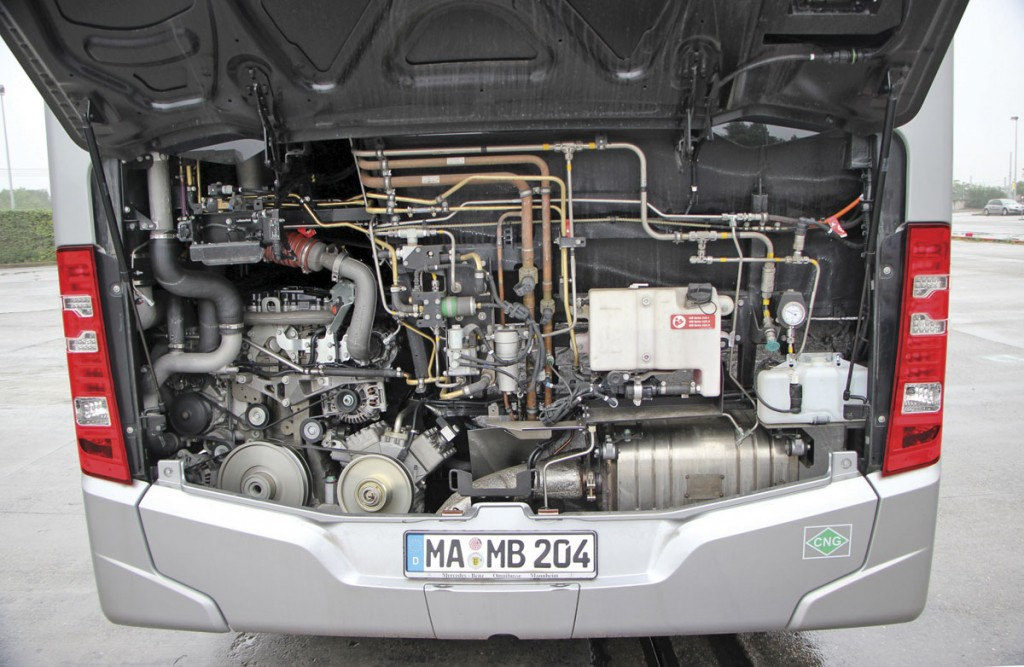 Mercedes-Benz Citaro NGT-engine-bay