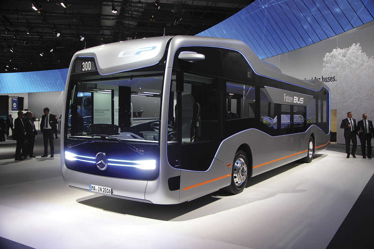 Iaa 2016 electromobility to the fore bus coach buyer for Mercedes benz coach