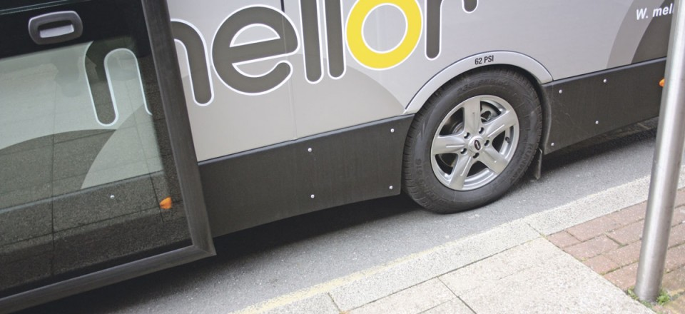 The shallow step height of 270mm which can be reduced still further with the ramp and lowering rear suspension-2