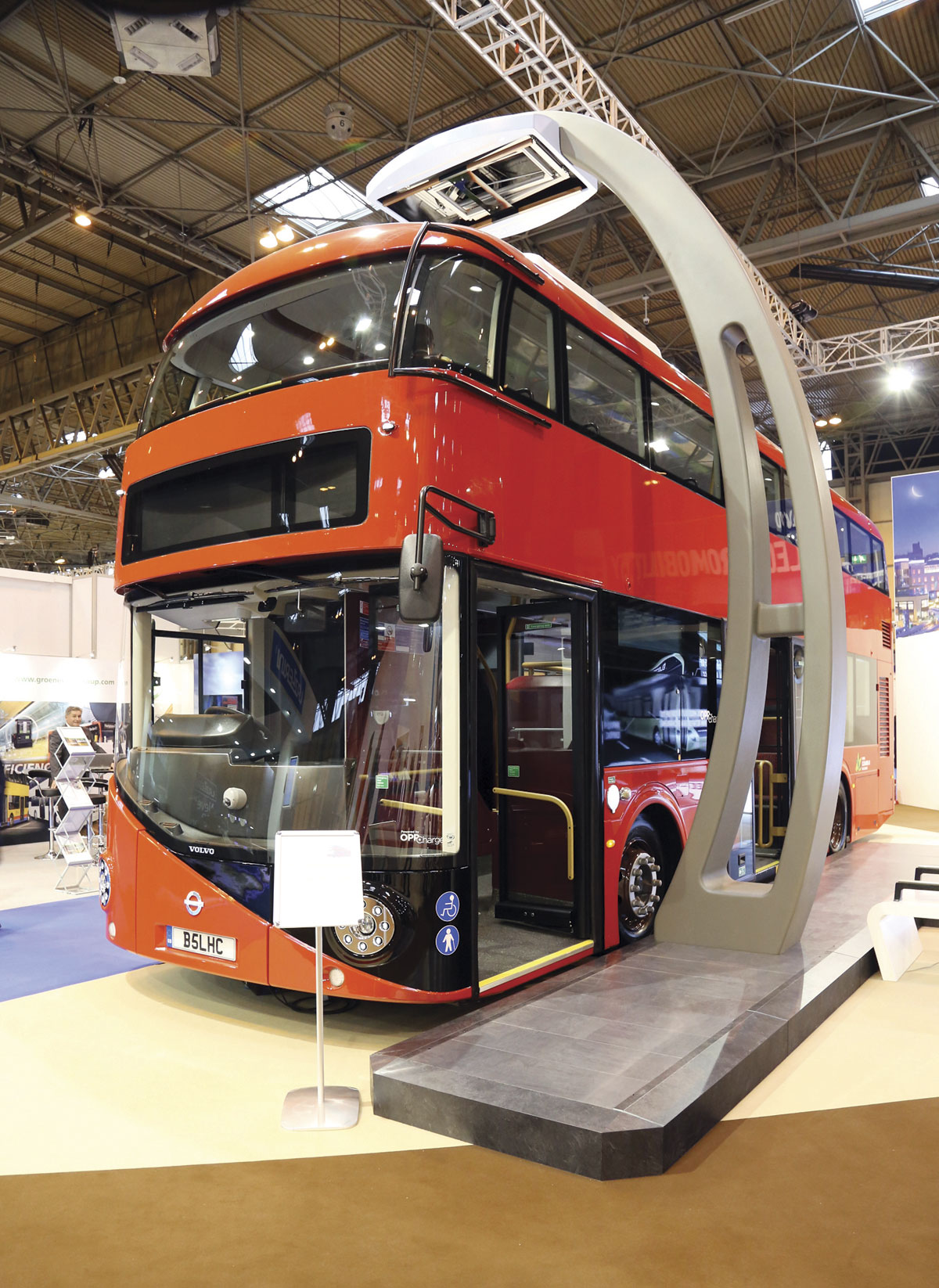 Volvo B5LH C hybrid with with opportunity charging