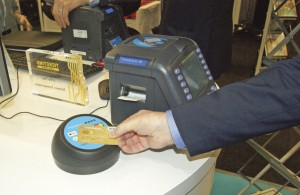 A demonstration of Parkeon's Wayfarer 6 with EMV card reader