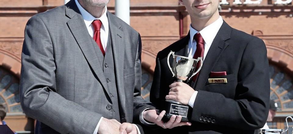 4 12 Top Uniform, Parrys International