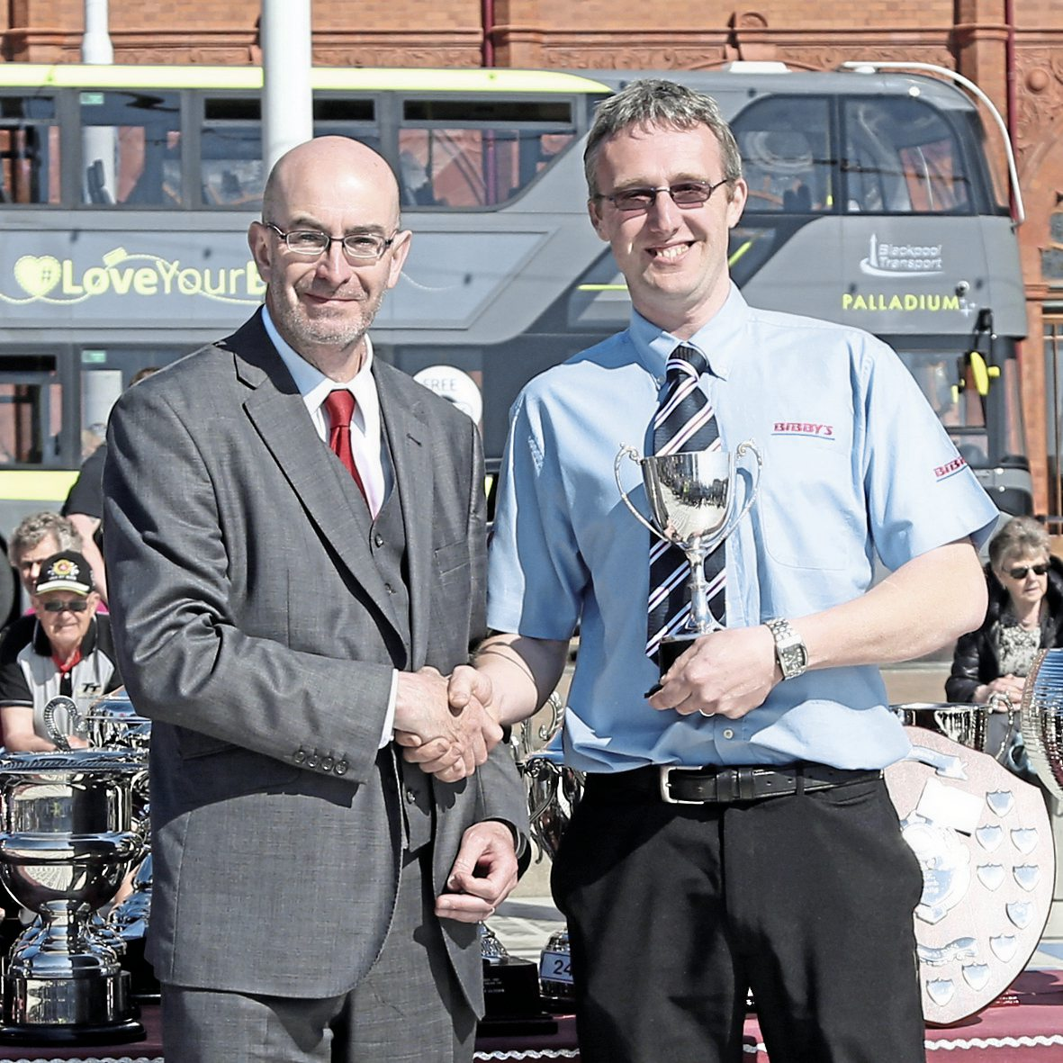 Kevin Rooney presents the top driving awards to Daryl Dixon (runner up to Coach Driver of the Year
