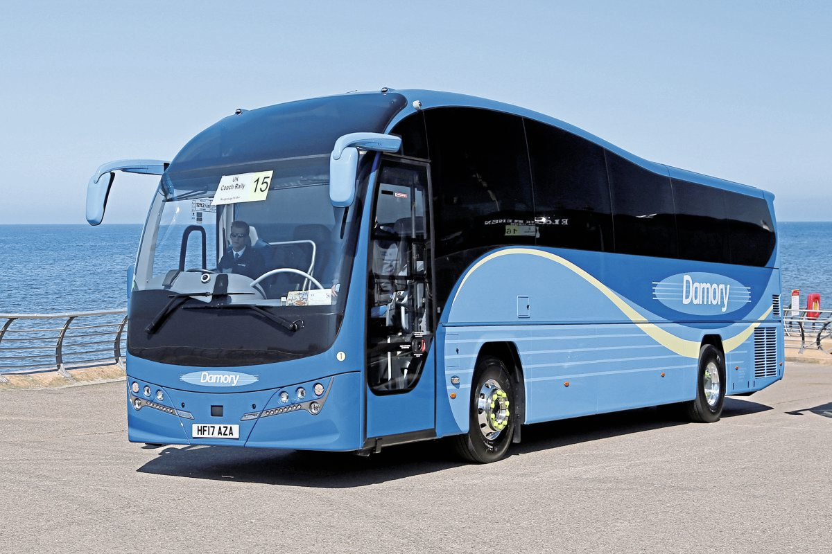 Top Touring-Express Luxury Coach-Damory Plaxton Elite Volvo