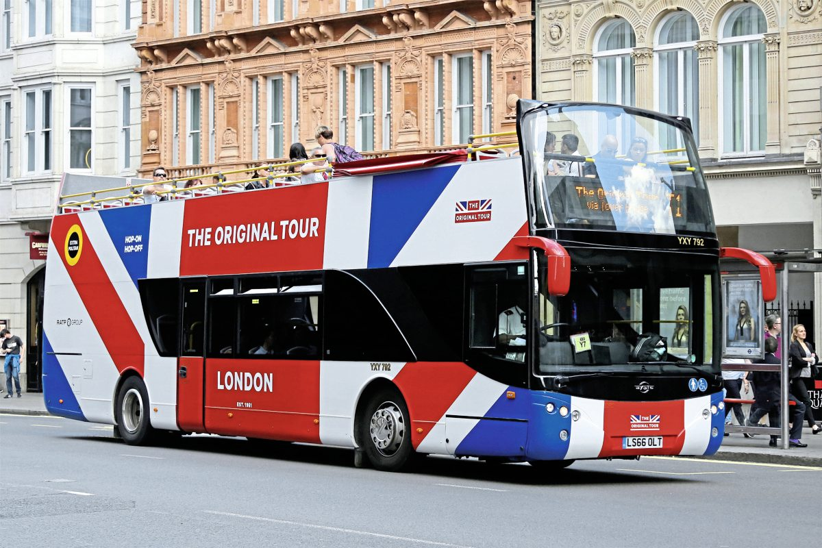 One of the four Ayats Bravo 1R City open top double deckers delivered to RATP's Original London Sightseeing Tour at the end of 2016 has been given the company's new Union Jack themed livery