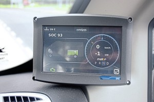 The information screen which shows road speed, available battery power reserve and degree of automatic re-charge