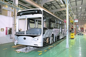 Among the prototypes under construction was this articulated BRT vehicle with a raised floor and doors on both sides for Ecuador