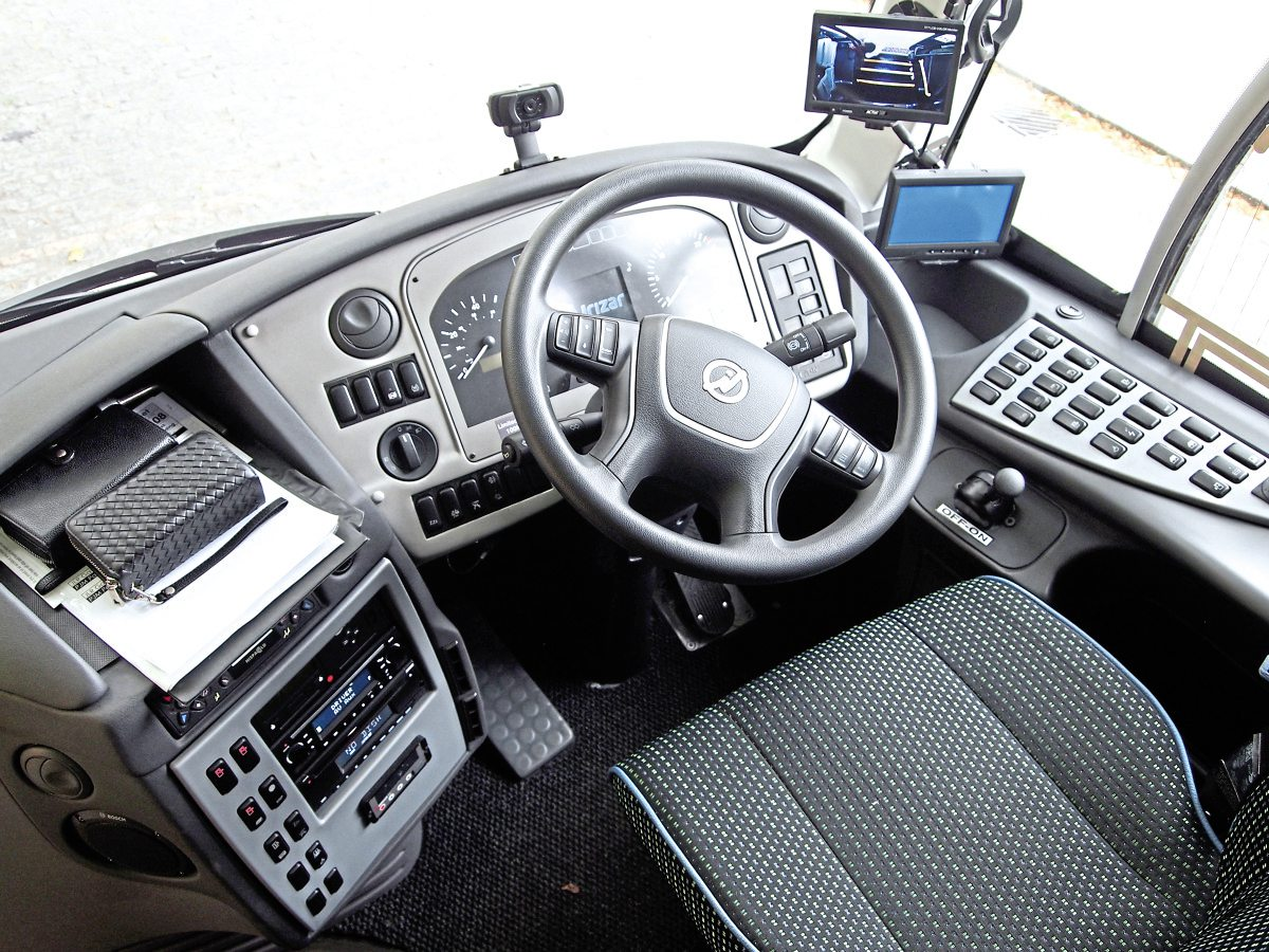 In the driver's seat of the Irizar i4H